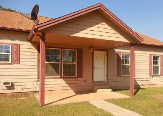 Foreclosed Home in Guthrie 73044 N TAURUS DR - Property ID: 4508753244