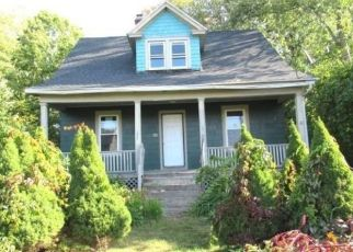 Foreclosed Home in Wethersfield 06109 ELM ST - Property ID: 4508832527