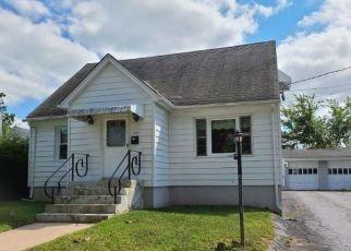 Foreclosed Home in Waterbury 06708 WILKENDA AVE - Property ID: 4508845215