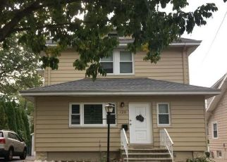 Foreclosed Home in Leonia 07605 AMES AVE - Property ID: 4508853547