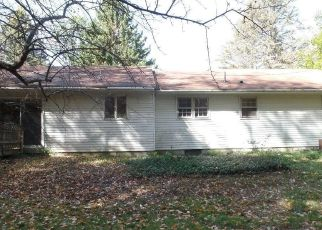 Foreclosed Home in Winsted 06098 MARSHALL ST - Property ID: 4508882451