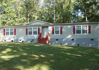 Foreclosed Home in Kilmarnock 22482 JESSIE DUPONT MEMORIAL HWY - Property ID: 4508909613