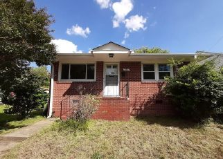 Foreclosed Home in Petersburg 23803 S JONES ST - Property ID: 4508918364
