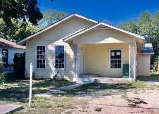 Foreclosed Home in San Antonio 78214 E SAYERS AVE - Property ID: 4509010787