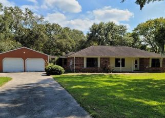 Foreclosed Home in Sweeny 77480 COUNTY ROAD 3 - Property ID: 4509017798