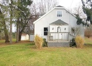 Foreclosed Home in Brewerton 13029 BARTEL RD - Property ID: 4509073406