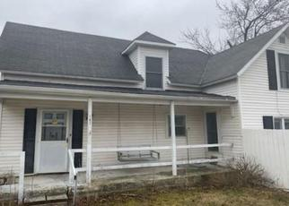 Foreclosed Home in Poneto 46781 W MAIN ST - Property ID: 4509167127