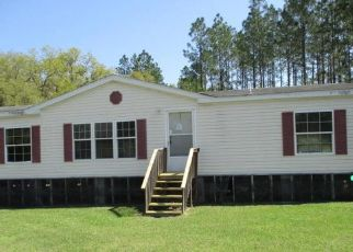 Foreclosed Home in Lake City 32024 SW COUNTY ROAD 240 - Property ID: 4509229325