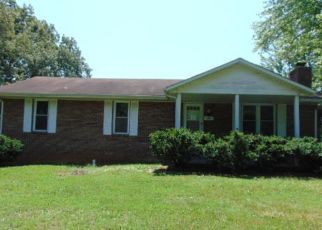 Foreclosed Home in Radcliff 40160 WILMA AVE - Property ID: 4509232839