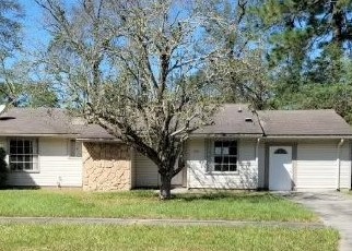 Foreclosed Home in Jacksonville 32210 SHARBETH DR S - Property ID: 4509261747