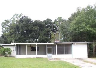 Foreclosed Home in Jacksonville 32221 DUPRE DR - Property ID: 4509263494