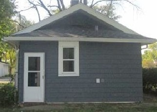 Foreclosed Home in Loves Park 61111 GARDEN PLAIN AVE - Property ID: 4509297204