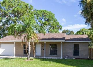 Foreclosed Home in Tampa 33615 WOODHURST DR - Property ID: 4509366412