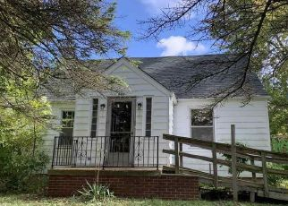Foreclosed Home in Capac 48014 CAPAC RD - Property ID: 4509383496