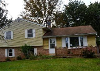Foreclosed Home in Lancaster 17601 DUFF AVE - Property ID: 4509434292