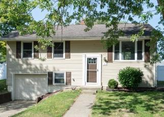 Foreclosed Home in Kokomo 46902 MAPLEWOOD DR - Property ID: 4509436490