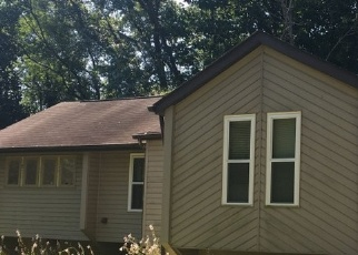 Foreclosed Home in Evans City 16033 BLUE JAY DR - Property ID: 4509524524