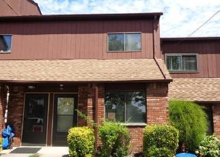 Foreclosed Home in Staten Island 10304 W FINGERBOARD RD - Property ID: 4509573127