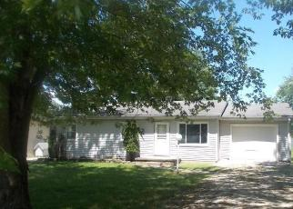 Foreclosed Home in Loogootee 47553 ACTON ST - Property ID: 4509589341