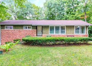 Foreclosed Home in East Peoria 61611 E GREENBRIER DR - Property ID: 4509597220