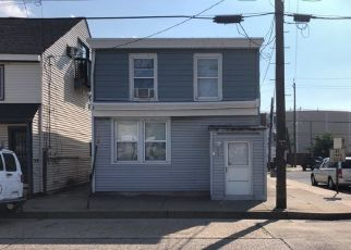 Foreclosed Home in Gloucester City 08030 JERSEY AVE - Property ID: 4509683510