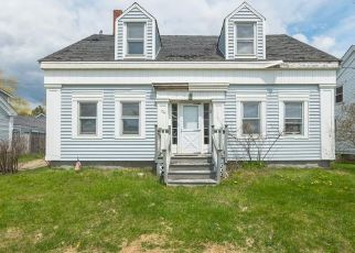 Foreclosed Home in Searsport 04974 E MAIN ST - Property ID: 4509736956