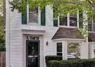 Foreclosed Home in Yorktown 23693 ARABIAN CIR - Property ID: 4509790820