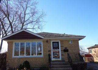 Foreclosed Home in Chicago Heights 60411 CHESTNUT AVE - Property ID: 4509899875