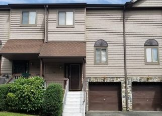 Foreclosed Home in Neptune 07753 ALPINE TRL - Property ID: 4509932271