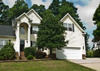 Foreclosed Home in Apex 27502 ANORA DR - Property ID: 4510036517