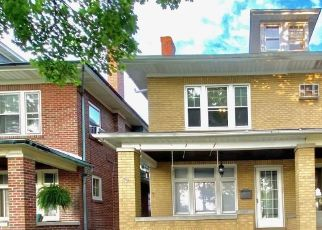 Foreclosed Home in Allentown 18104 N 21ST ST - Property ID: 4510061478