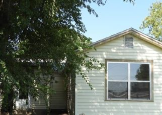 Foreclosed Home in Edmond 73003 W 1ST ST - Property ID: 4510130684
