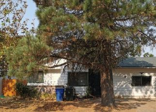 Foreclosed Home in Sacramento 95815 BELMONT WAY - Property ID: 4510149512