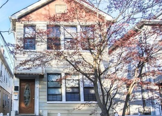 Foreclosed Home in Bronx 10466 EDSON AVE - Property ID: 4510169662
