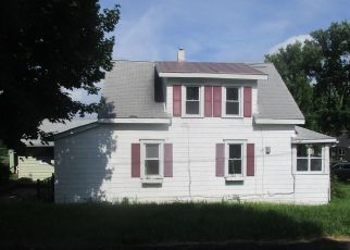 Foreclosed Home in Syracuse 13206 CALEB AVE - Property ID: 4510204703