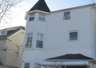 Foreclosed Home in Mount Vernon 10550 S 4TH AVE - Property ID: 4510239292