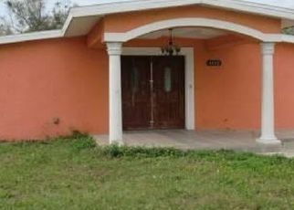 Foreclosed Home in Tampa 33615 TOWN N COUNTRY BLVD - Property ID: 4510425887