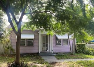 Foreclosed Home in Lake Worth 33460 S PINE ST - Property ID: 4510458280