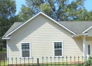 Foreclosed Home in Kilgore 75662 MONTGOMERY ST - Property ID: 4510489826