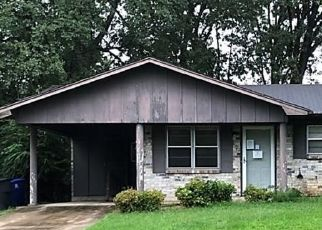 Foreclosed Home in Shreveport 71108 HYDE PARK PL - Property ID: 4510495961