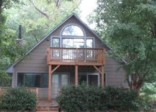 Foreclosed Home in Charlotte 28214 LAKE DR - Property ID: 4510496834