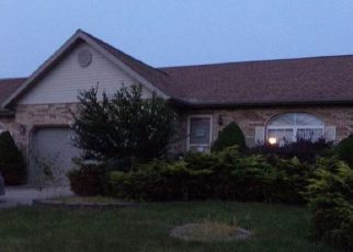 Foreclosed Home in Belleville 62221 WELLINGTON DR - Property ID: 4510520474