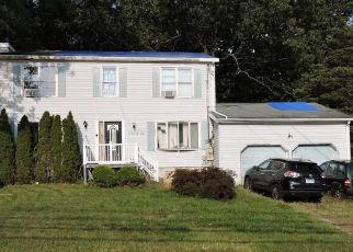 Foreclosed Home in Trumbull 06611 OLD TOWN RD - Property ID: 4510543694