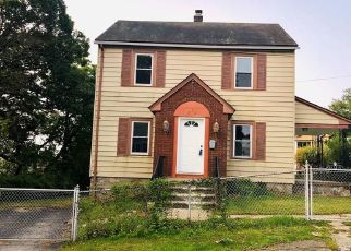 Foreclosed Home in Waterbury 06704 EASTON AVE - Property ID: 4510549829