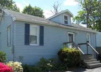 Foreclosed Home in Farmingville 11738 WOODMONT PL - Property ID: 4510559458
