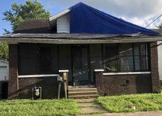 Foreclosed Home in Evansville 47713 MADISON AVE - Property ID: 4510695675