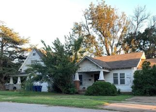 Foreclosed Home in Anadarko 73005 W VIRGINIA AVE - Property ID: 4510777568