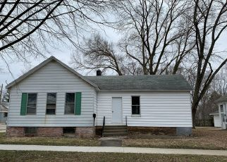 Foreclosed Home in Pontiac 61764 N MILL ST - Property ID: 4511207213