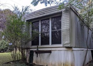 Foreclosed Home in Statesville 28625 ESTATE DR - Property ID: 4511366199