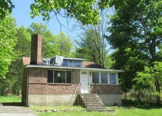 Foreclosed Home in Saugerties 12477 CHURCH RD - Property ID: 4511369713